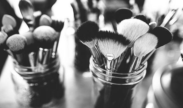 Entretien pinceaux maquillage
