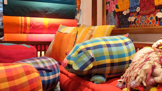 Restaurer un fauteuil : tapissier d'ameublement en bourgogne